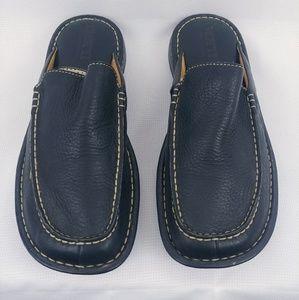 Born 9 leather black slip on sandals